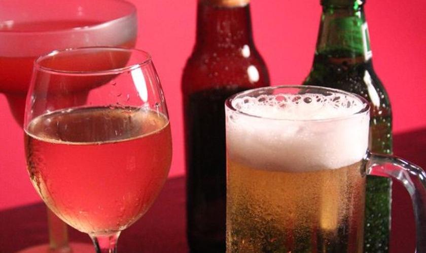Estudo concluiu que bebida alcoólica pode provocar sete tipos de câncer. (Foto: CDC/Debora Cartagena)