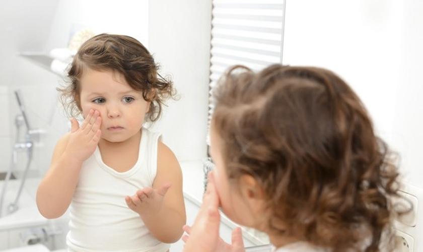 Se você quer ter uma pele de bebê, basta usar produtos para bebês. (Foto: Thinkstock)