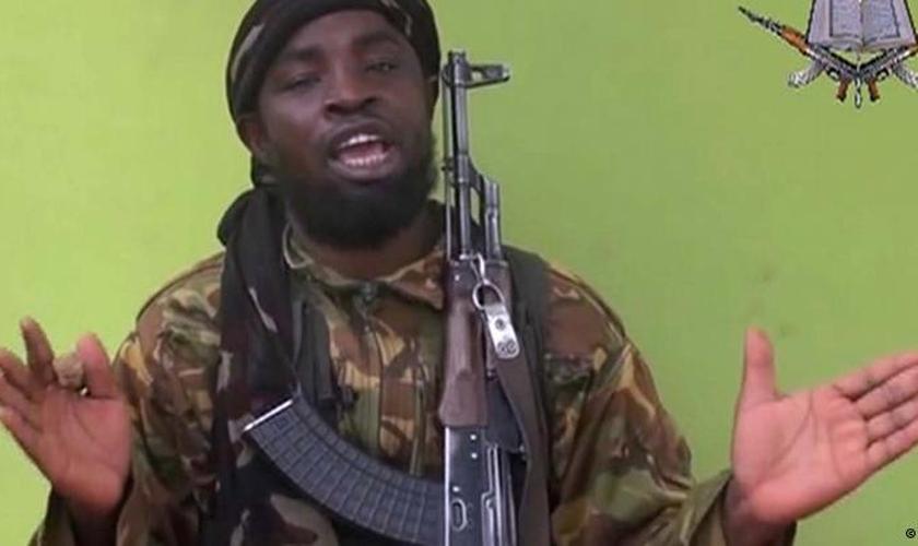 Desde março de 2015, Barnawi agia como porta-voz e um comandante militar do alto escalão do Boko Haram. (Foto: AP Photo).