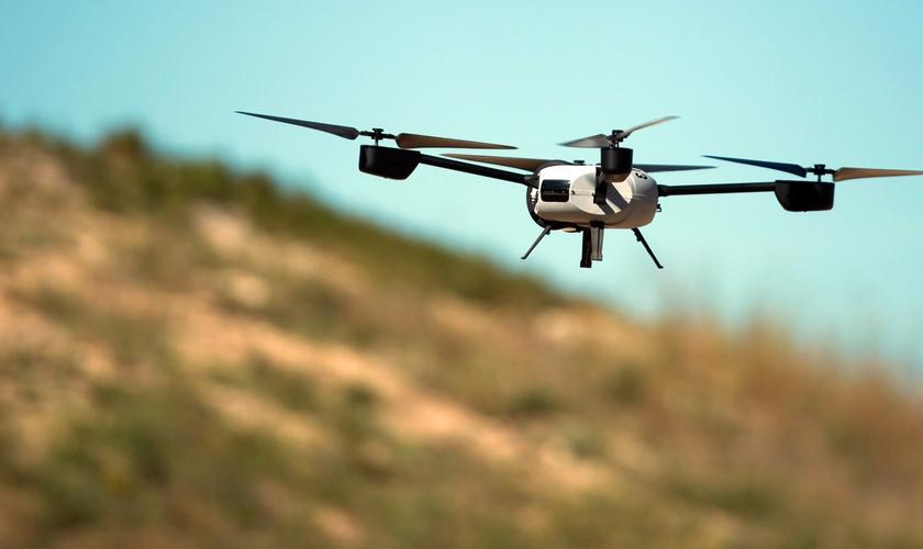 Dos mais variados tamanhos, drones são usados para agir chegar com mais facilidade a ambientes de difícil acesso. (Foto: startupi)