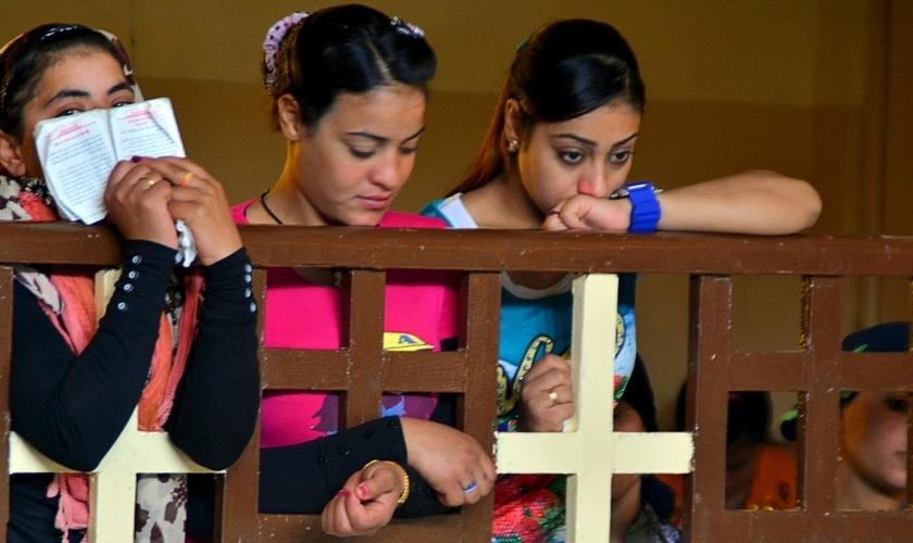 Grupos internacionais de defesa dos Direitos Humanos, como o 'Christian Solidarity Worldwide' (CSW) pediu à Câmara dos Deputados do Egito para promulgar leis que protejam o direito à liberdade religiosa. (Foto: Reuters)