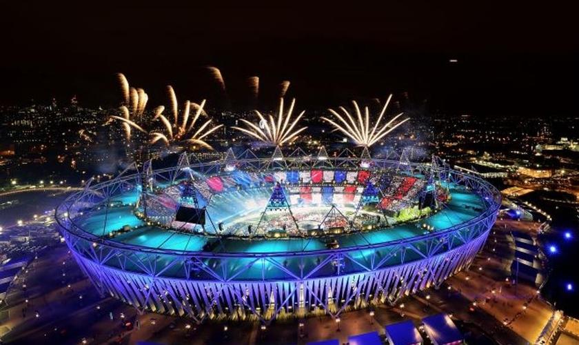 Abertura das olimpíadas impressinou pela riqueza de efeitos especiais. (Imagem: Rede Globo)