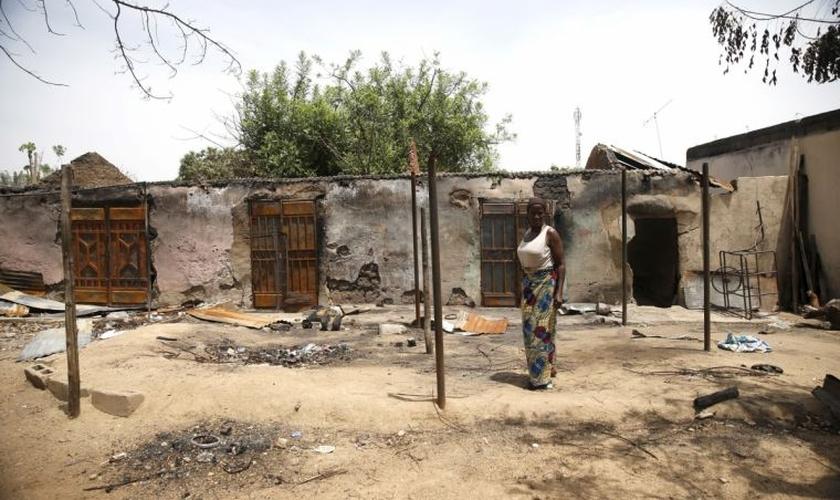 Igreja destruída no estado de Adamawa. (Foto: Reuters)