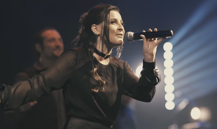 """O grupo é o primeiro a participar do projeto """"Church"""" - uma proposta especial da gravadora Sony Music Gospel. (Foto: Reprodução/YouTube)."""