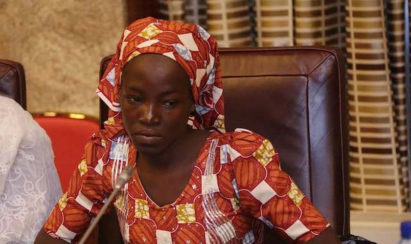 Amina Ali foi liberta do Boko Haram após dois anos de cativeiro. (Foto: The News Nigeria)