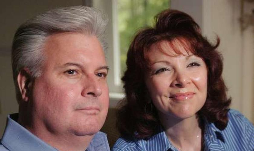 O casal Jean e Dan Potter estão entre as pessoas que têm uma história de milagre para contar. (Foto: Reprodução)