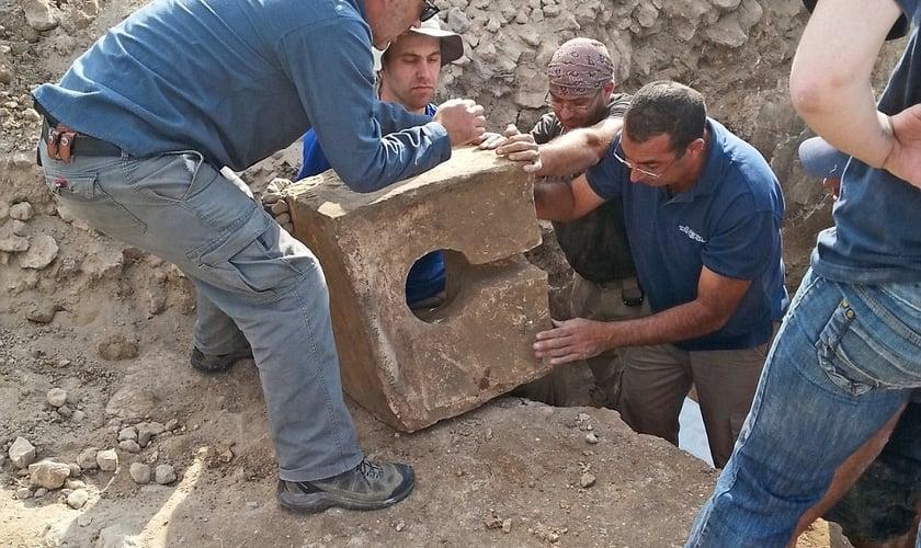 As escavações aconteceram no Parque Nacional Laquis, localizado no centro de Israel. (Foto: Igor Kramerman)