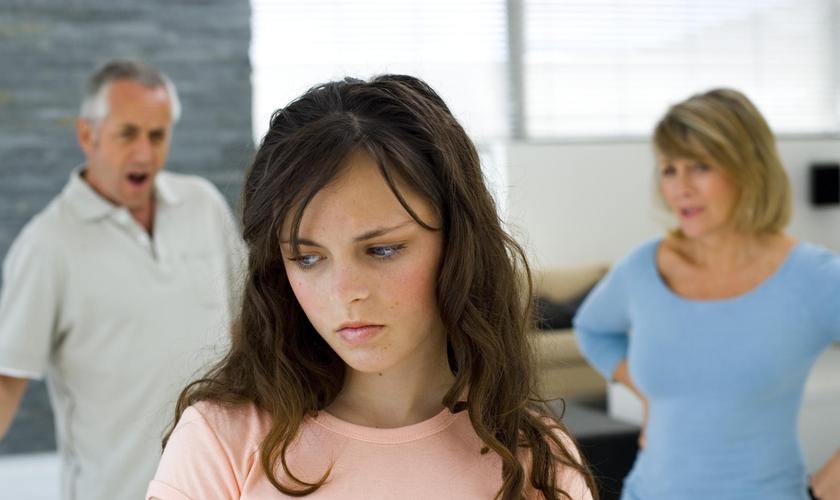 Juliana criticou os pais que cobram dos filhos atitudes que nem eles mesmos são capazes de colocar em prática.  (Foto: Reprodução).