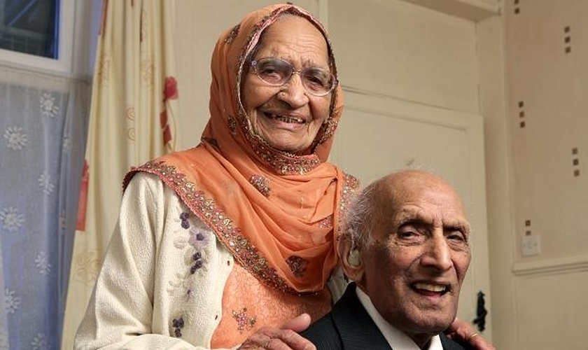 Karam e Kartari Chand foram casados por 90 anos. (Imagem: aaj.tv)