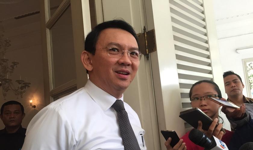 Ahok, que não foi preso, mas proibido de deixar a Indonésia, deve ser reeleito em fevereiro de 2017. (Foto: Tigapilar News).