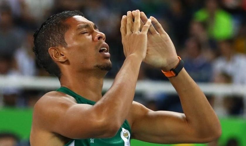 Wayde van Niekerk é o atual recordista mundial dos 400m. (Foto: Reuters)