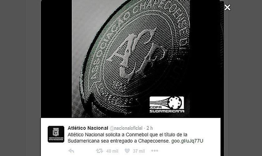 Twitter oficial do Atlético Nacional confirmando a informação de que pediu para que o título sul-americano fosse dedicado à Chapecoense. (Imagem: Twitter)