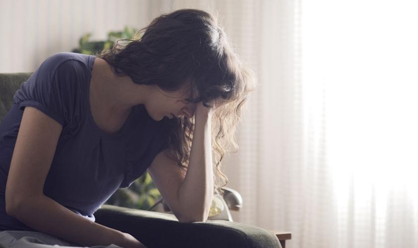 O psicólogo questiona o motivo da diferença entre doenças da mente e do corpo. (Foto: Reprodução).