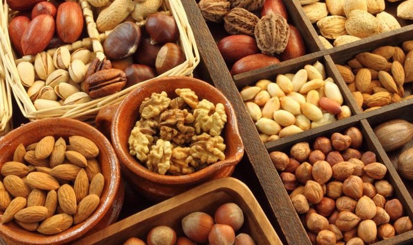 Nuts são frutinhas oleaginosas ricas em proteínas, fibras, antioxidantes e gorduras monoinsaturadas. (Foto: Reprodução)