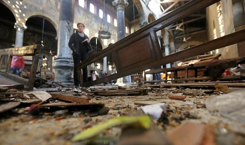 Um atentado matou 25 pessoas em uma igreja do Cairo, no Egito. (Foto: Reuters)