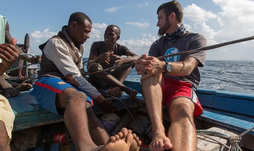 Brian e Becky Harrell estão servindo cerca de 300 mil pessoas da comunidade de Makhuwa Nahara, em Moçambique. (Foto: Baptist Press Photo)