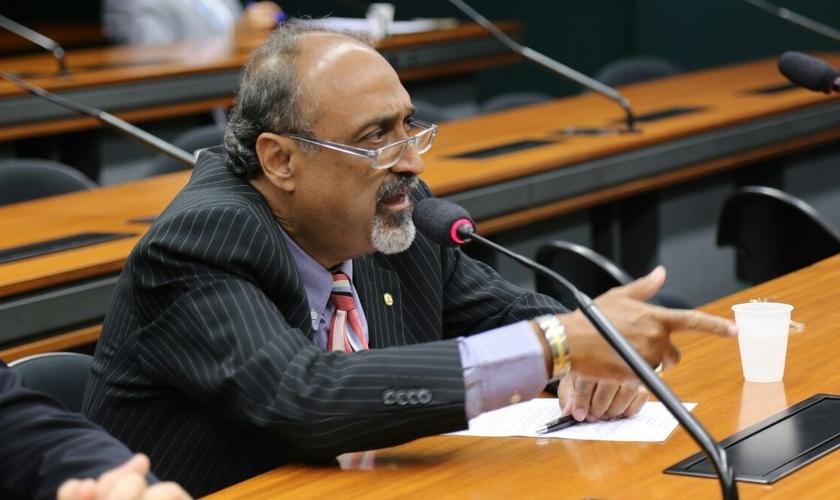 Deputado Ezequiel Teixeira (PTN - RJ) é pastor e fundador do Projeto Vida Nova. (Foto: Divulgação)
