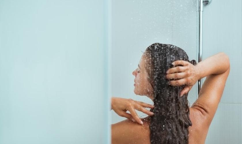 Os cuidados do verão podem ser praticados o ano todo. (Foto: CentralITAlliance/Thinkstock/Getty Images)