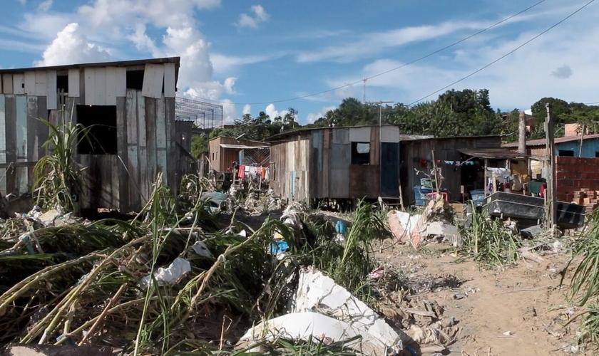 Um dos lugares mais afetados foi a comunidade Francisca Mendes. (Foto: Reprodução).
