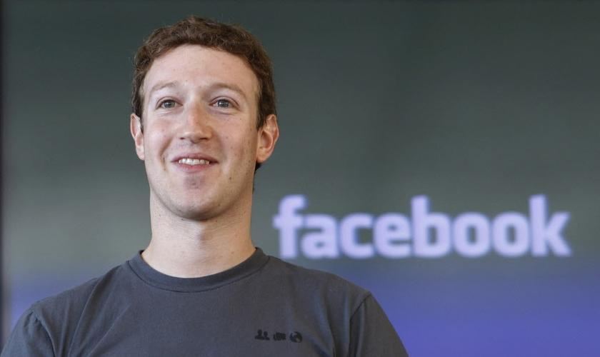 Mark Zuckerberg diz que igreja de Rick Warren é um modelo para o Facebook. (Foto: Reprodução)