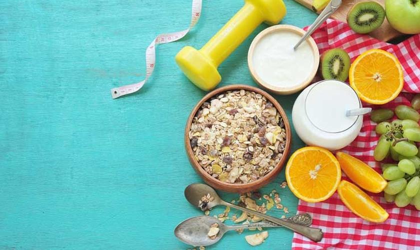 Confira a lista de alimentos que não podem faltar no cardápio de um atleta. (Foto: Shutterstock)