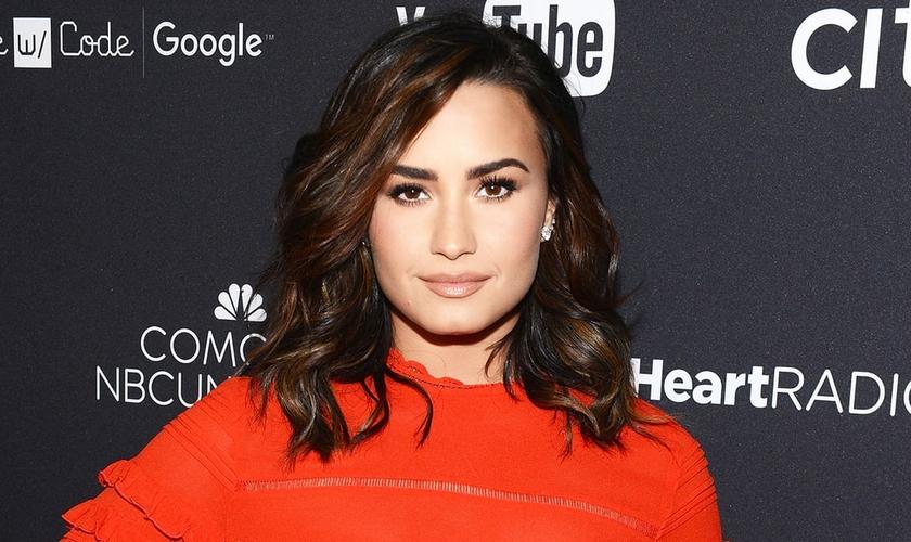 Demi Lovato é uma cantora pop de grande aceitação entre jovens e adolescentes. (Foto: US Magazine)