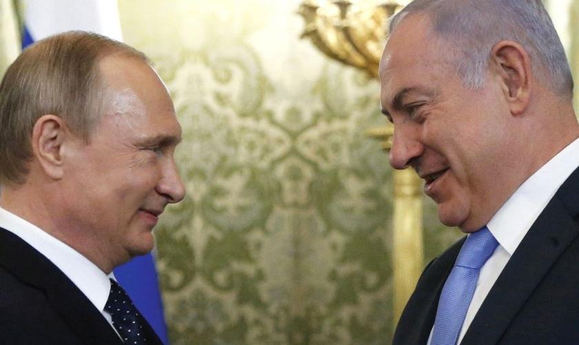 Presidente russo, Vladimir Putin e o primeiro-ministro de Israel, Benjamin Netanyahu. (Foto: Reuters)