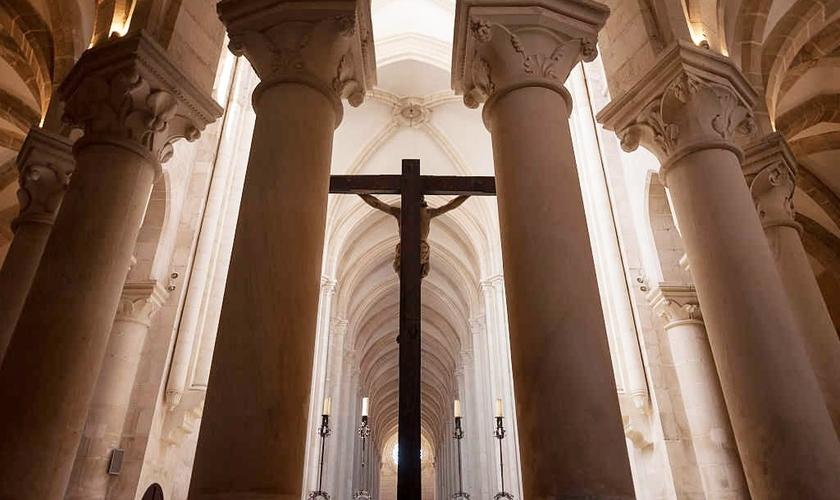 Imagem ilustrativa. 23% dos cristãos britânicos não acreditam na ressurreição de Cristo. (Foto: Getty Images)