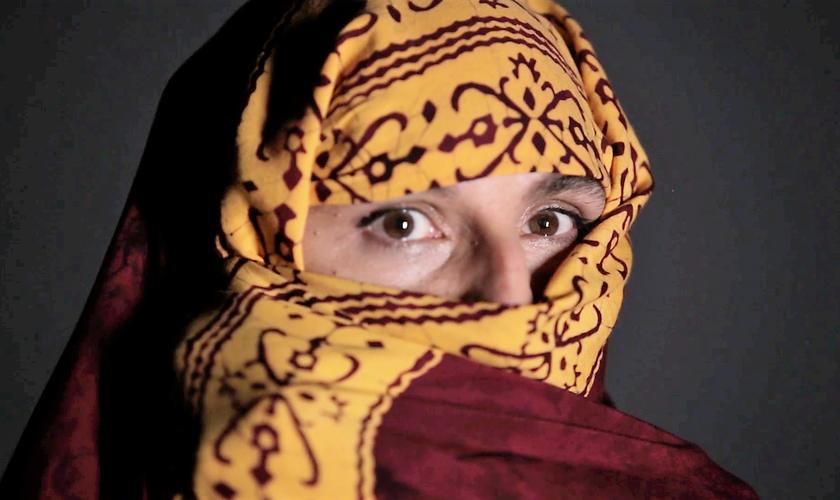 """Cena do filme """"Transfigurations"""". (Imagem: Vimeo)"""