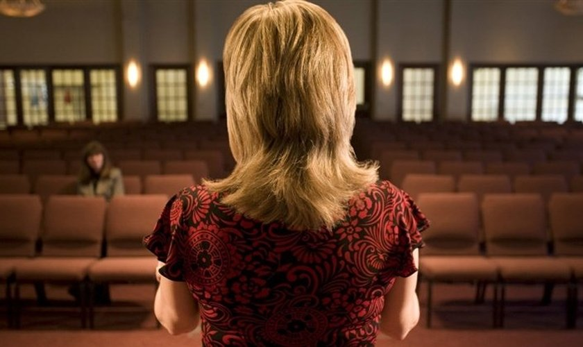 O estudo descobriu que os cristãos universitários são mais propensos a orar diariamente. (Foto: Reprodução).