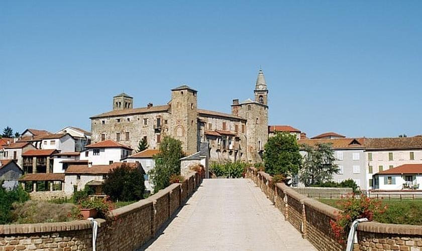 Vila de Bormida, na região da Liguria, na Itália. (Foto: Reprodução/Facebook)