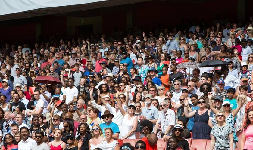 Maior cruzada desde Billy Graham atrai milhares de pessoas à Cristo. (Foto: Divulgação/Just One)