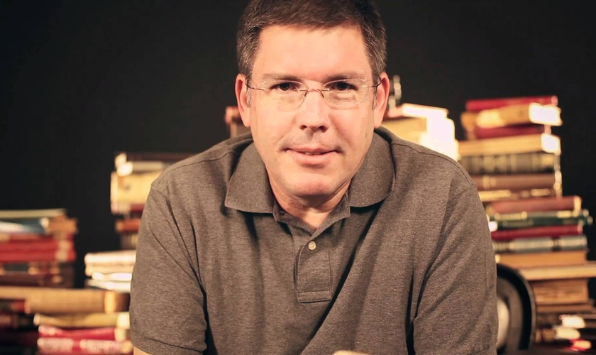 """Ed René é teólogo, escritor e pastor da Igreja Batista da Água Branca, em São Paulo. Atualmente, ele também mantém um projeto de vídeos, com breves reflexões sobre os evangelhos (NT), chamado """"Talmidim""""."""