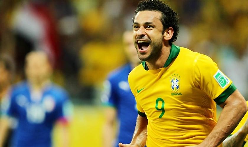 O lado espiritual ganhou mais força depois do fracasso da seleção brasileira na Copa do Mundo.
