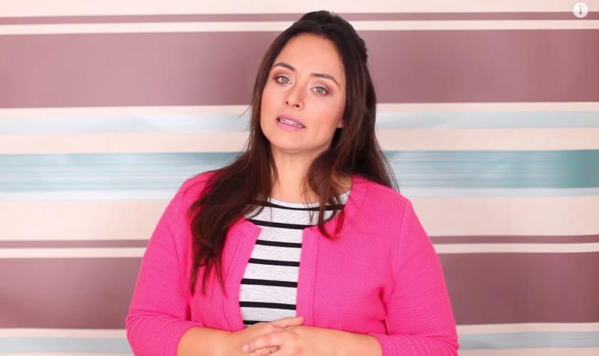 Fabiana Bertotti orienta como superar o fim de um relacionamento. (Reprodução/ Youtube)