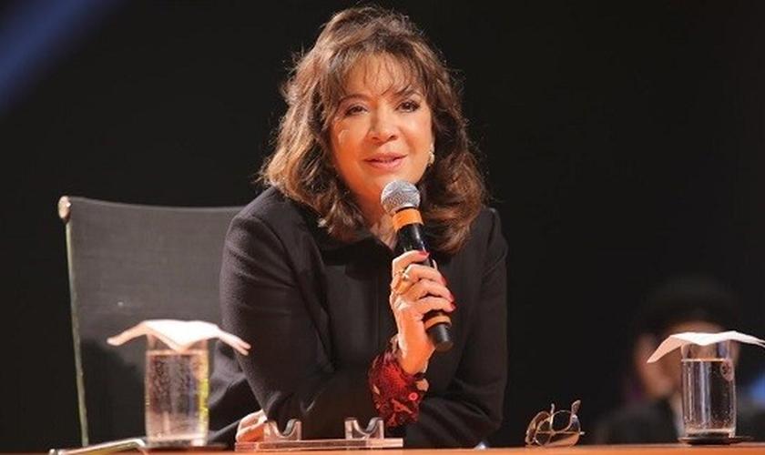 Iris Abravanel fala sobre a próxima novela do SBT em evento de apresentação.