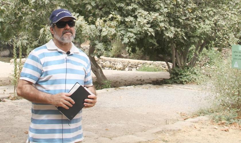 Pastor Elio Tomaz, da Segunda Igreja do Nazareno em Nilópolis (RJ). (Foto: Guiame/ Marcos Corrêa)