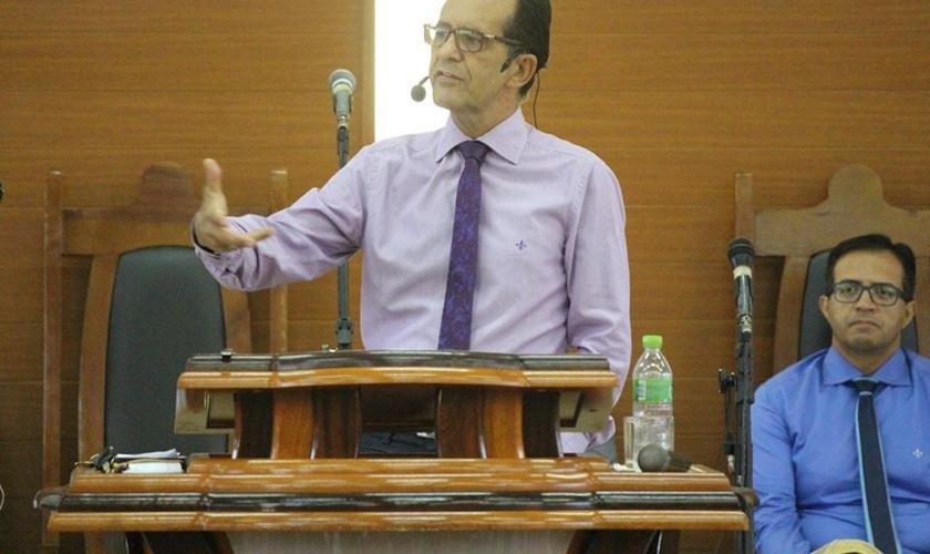 Pastor Marcos Rogério Martins Araújo, da Igreja Batista Peniel. (Foto: Reprodução/Facebook/Peniel Três Lagoas)