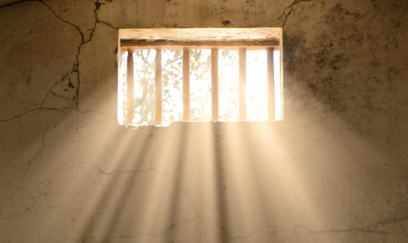 A situação mudou depois que Jesus apareceu em sonho ao carcereiro. (Foto: iStock)