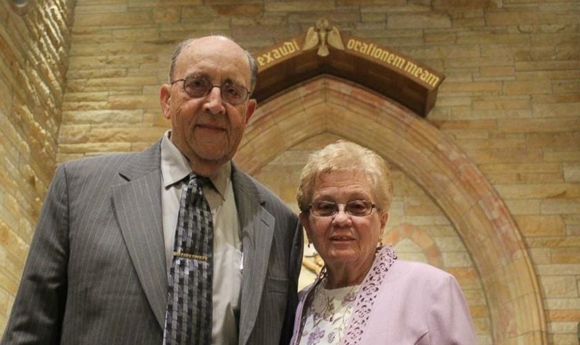 Janith Goedde, 80 anos e seu marido Joe, 84, comemoraram 60 anos de casados. (Foto: Alison Goedde)