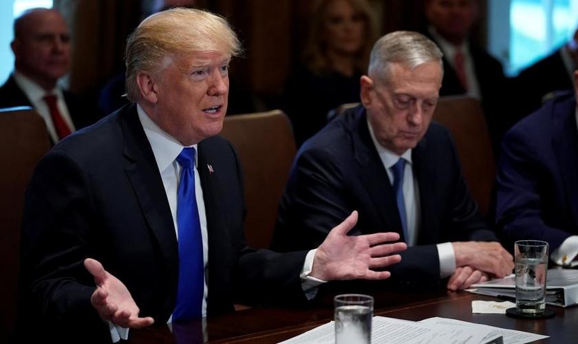 O presidente Donald Trump em reunião no gabinete da Casa Branca, nos EUA. (Foto: Reuters)