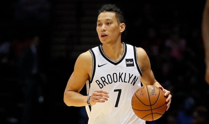 Jeremy Lin, do time americano Brooklyn Nets, está preocupado em evangelizar as pessoas. (Foto: Getty Images)