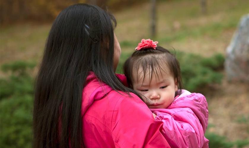 Por causa dos riscos, crianças crescem sem saber que os pais são cristãos. (Foto: Liberty in North Korea)