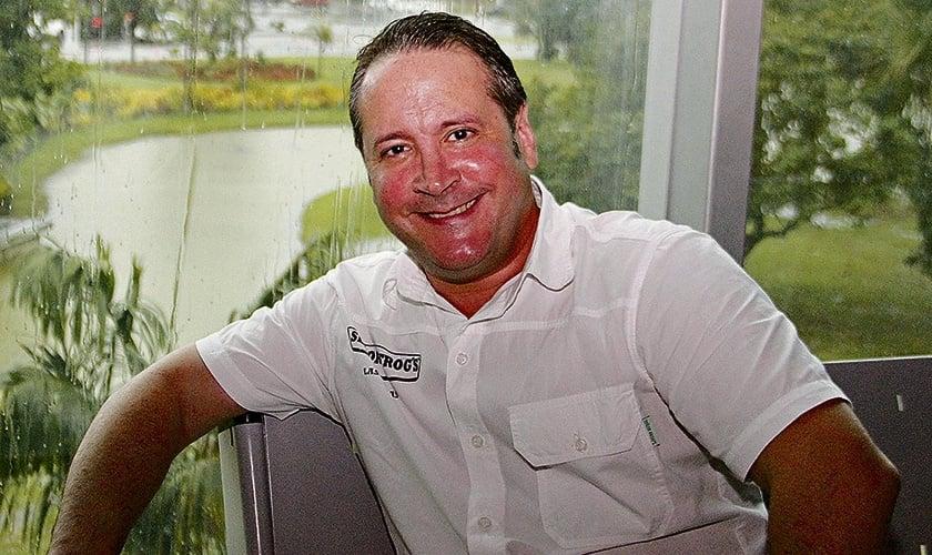 O ex-Menudo Roy Rosselló posa no Hangar, em Belém, no Pará. (Foto: Fernando Araújo)