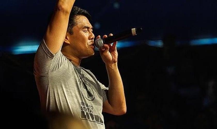 Juliano Son afirma que a Igreja tem responsabilidade pelas conquistas missionárias. (Foto: Reprodução/Facebook)