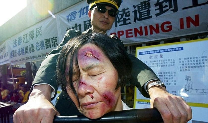 Imagem ilustrativa. Cristãos tendem a ser mais perseguidos sob regimes comunistas e ateus. (Foto: AFP/Getty Images)
