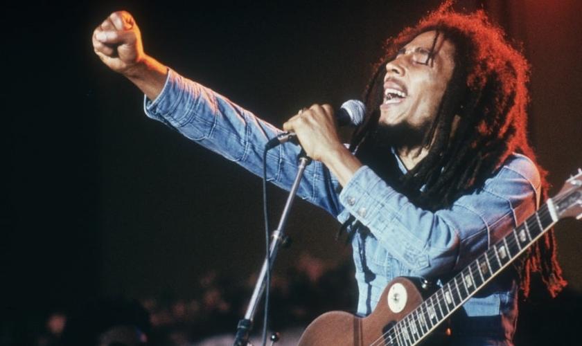 Bob Marley se converteu ao cristianismo e foi batizado antes de sua morte. (Foto: Getty Images)