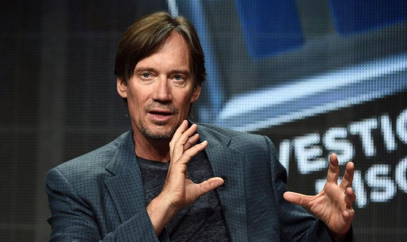 Kevin Sorbo em discurso no Painel da Discovery Communications em Beverly Hills, na California. (Foto: Amanda Edwards/Getty Images)