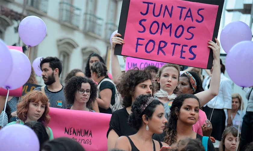 """""""Mulheres em protesto feminista no Rio de Janeiro"""". (Foto: Fernando Frazão/Agência Brasil)"""