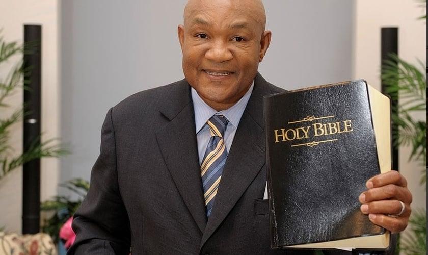 George Foreman é pastor da Igreja do Senhor Jesus Cristo, em Houston. (Foto: Divulgação/George Foreman)